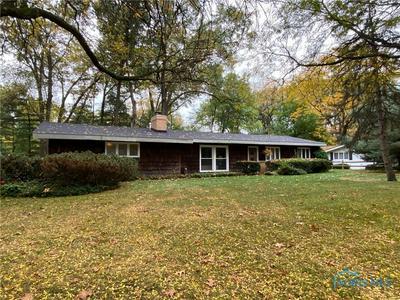 4841 FAR HILLS RD, Toledo, OH 43623 - Photo 1
