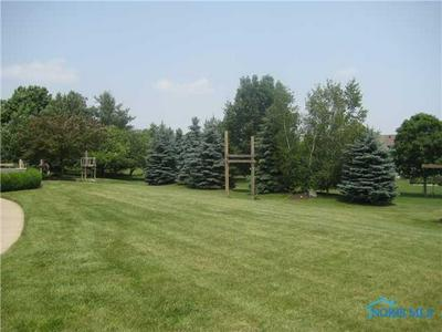 1005 TOWN LINE RD, Bryan, OH 43506 - Photo 2