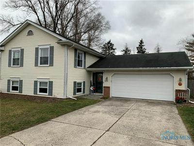 6745 JANEL LN, Maumee, OH 43537 - Photo 2