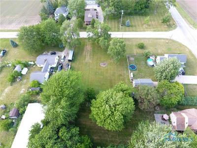 3045 LATCHA RD, Millbury, OH 43447 - Photo 2