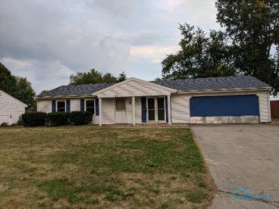 1110 COLONIAL LN, Bryan, OH 43506 - Photo 1