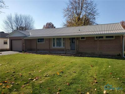 490 N 3RD ST, Upper Sandusky, OH 43351 - Photo 2