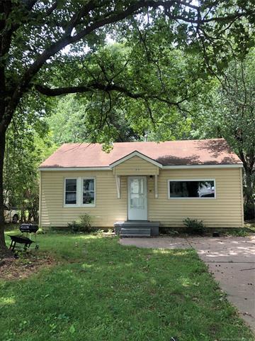 909 WILDAIR ST, Muskogee, OK 74403 - Photo 1