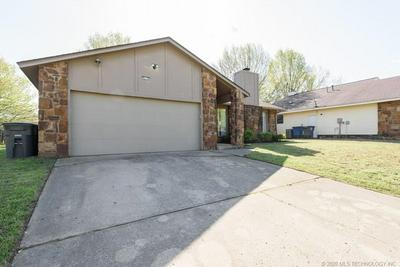 9119 S 90TH EAST AVE, TULSA, OK 74133 - Photo 1