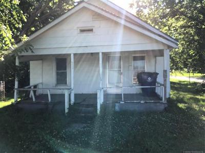 901 S TINKER AVE, Hominy, OK 74035 - Photo 1