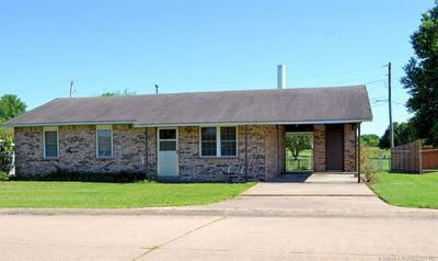 1502 S FALLIN AVE, Hominy, OK 74035 - Photo 2