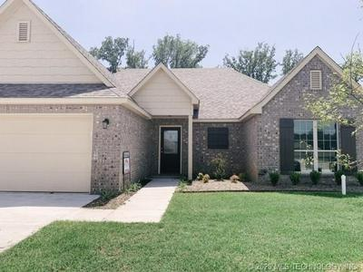 1710 S STEPHANIE ST, Sapulpa, OK 74066 - Photo 2