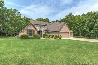 7 WOODCREEK LN, PRYOR, OK 74361 - Photo 2