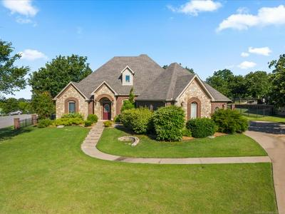 410 SUMMERCREST CT, Sapulpa, OK 74066 - Photo 1