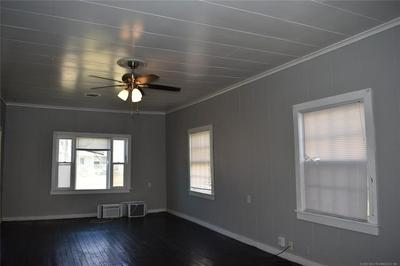 408 N 2ND AVE, Durant, OK 74701 - Photo 2