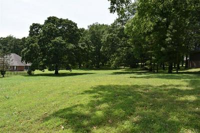 1613 DILAR DR, Grove, OK 74344 - Photo 2