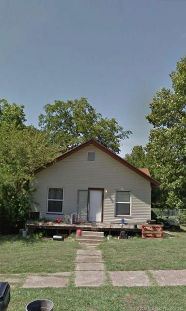 521 E 14TH ST, Okmulgee, OK 74447 - Photo 1