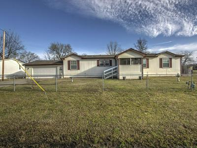 505 E FRANKLIN ST, HASKELL, OK 74436 - Photo 1