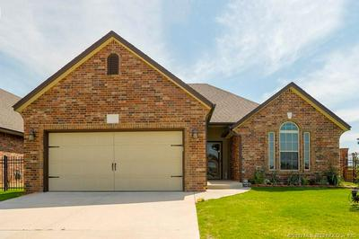 1194 GOLDEN OWL CIRCLE, CALERA, OK 74730 - Photo 1