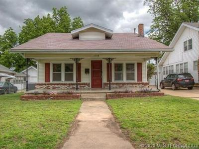 1239 E 10TH ST, Okmulgee, OK 74447 - Photo 1