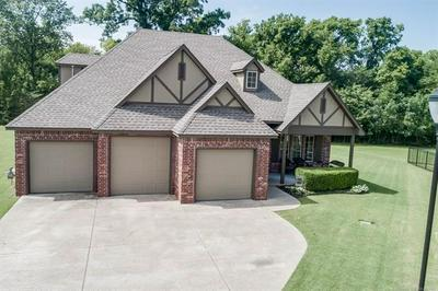 407 COG HILL CT, Claremore, OK 74019 - Photo 2