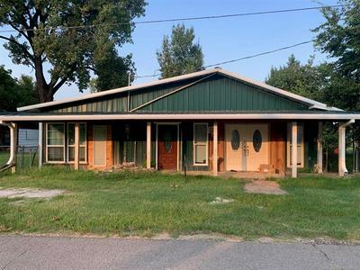 216 N RIVER RD, Webber Falls, OK 74470 - Photo 2