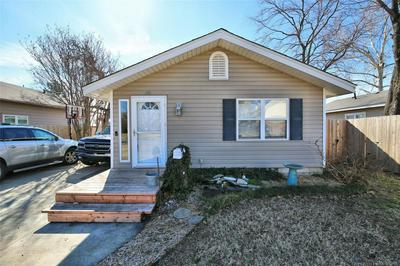 1130 E JACKSON AVE, SAPULPA, OK 74066 - Photo 1
