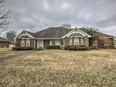 2800 SUMMERFIELD PL, Pryor, OK 74361 - Photo 1