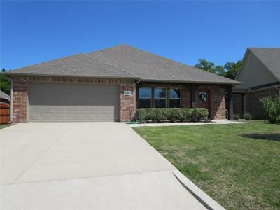 1005 STONE CREEK DR, Ardmore, OK 73401 - Photo 1