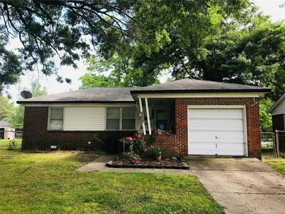 1308 NE 4TH ST, Pryor, OK 74361 - Photo 1