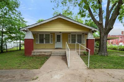 328 N 4TH ST, Fairfax, OK 74637 - Photo 2