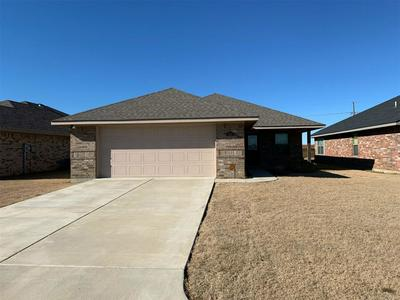 240 COTTONWOOD ST, CALERA, OK 74730 - Photo 1