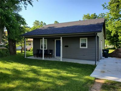 1228 E JACKSON AVE N, Sapulpa, OK 74066 - Photo 1