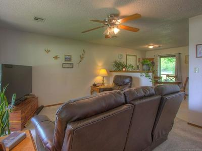 714 RUSSELL AVE, Mounds, OK 74047 - Photo 2