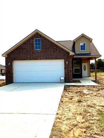 205 COTTONWOOD ST, Calera, OK 74730 - Photo 2