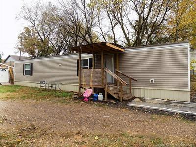 236 E 2ND ST, Watts, OK 74964 - Photo 1