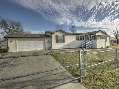 505 E FRANKLIN ST, HASKELL, OK 74436 - Photo 2