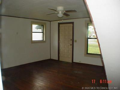 300 S TAYLOR ST, Pryor, OK 74361 - Photo 2
