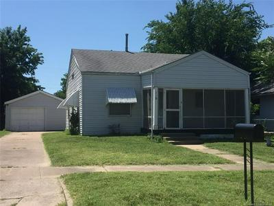 115 NE QUAPAW, Bartlesville, OK 74003 - Photo 2