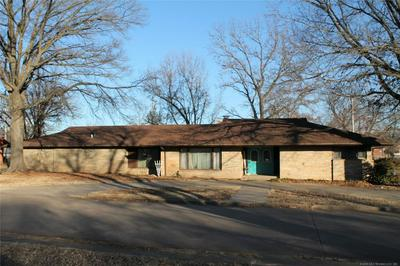 301 N B AVE, CLEVELAND, OK 74020 - Photo 1
