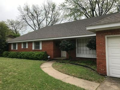 5383 S IRVINGTON AVE, TULSA, OK 74135 - Photo 2