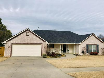 2704 HIGHWOOD CT, Claremore, OK 74017 - Photo 1
