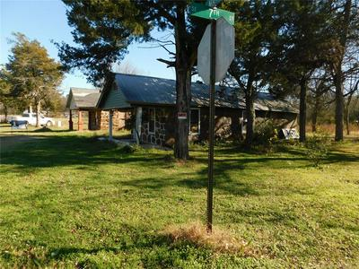 703 E MAIN ST, Durant, OK 74701 - Photo 2