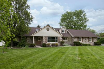 2301 MERRIMONT DR, Troy, OH 45373 - Photo 2