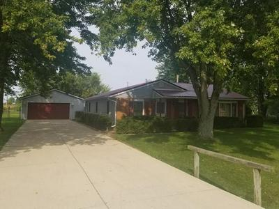17017 GREEN ACRES DR, Sidney, OH 45365 - Photo 2