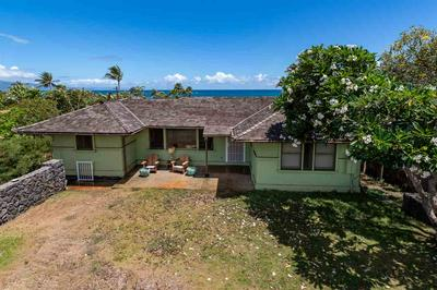 475 HANA HWY, Paia, HI 96779 - Photo 2