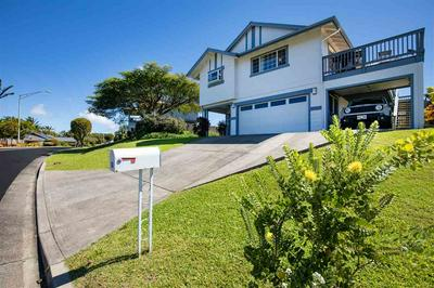 60 PIIMAUNA ST, MAKAWAO, HI 96768 - Photo 1