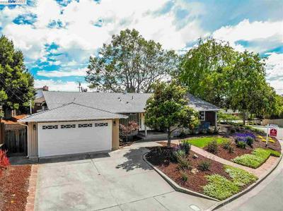 2543 LANCASTER RD, Hayward, CA 94542 - Photo 2