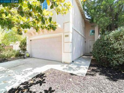 1058 GLENWILLOW DR, Brentwood, CA 94513 - Photo 2