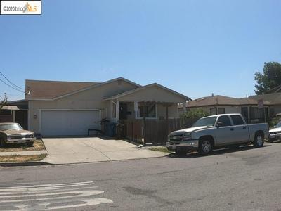 642 5TH ST, Richmond, CA 94801 - Photo 1