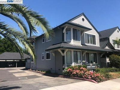 194 PETERS AVE APT C, Pleasanton, CA 94566 - Photo 1