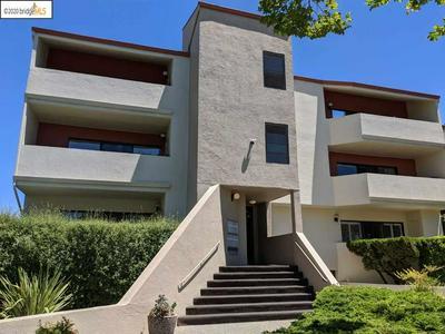 2515 CENTRAL AVE # 301, Alameda, CA 94501 - Photo 1