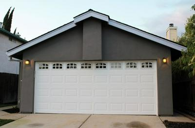 165 W CLOVER RD, TRACY, CA 95376 - Photo 2