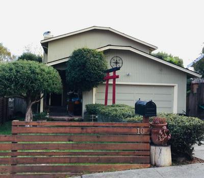 10 OAKRIDGE ST, WATSONVILLE, CA 95076 - Photo 1