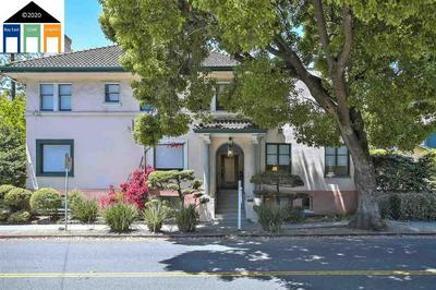 3050 COLLEGE AVE APT 1, Berkeley, CA 94705 - Photo 2